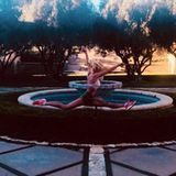 17. Februar 2018  Sängerin Britney Spears beweist ungeahnte, akrobatische Sprungkraft.