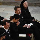 20. Februar  Königin Margrethe ist umgeben von ihrer Familie. Neben Prinz Frederik sitzen Prinzessin Mary, Prinz Joachim und Prinzessin Marie. Die Enkelkinder sitzen in der zweiten Reihe.