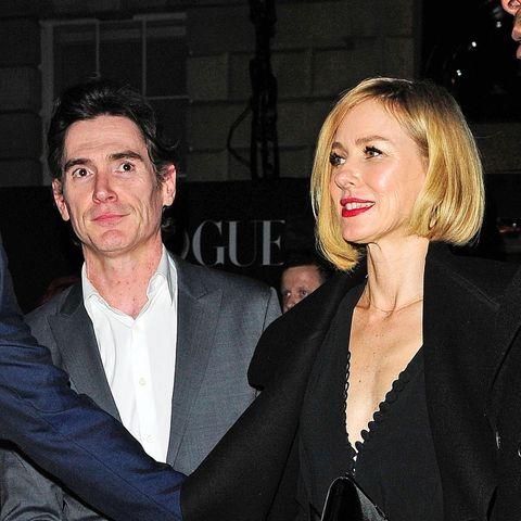 Naomi Watts und Kollege Billy Cudrup zeigen sich am 18. Februar 2018 Hand in Hand in London