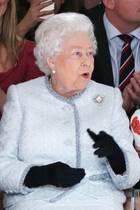 Die Queen besucht am 20. Februar die Fashion Week in London