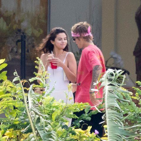 Selena Gomez und Justin Bieber genießen einen romantischen Augenblick zu zweit