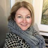 Stets perfekt gestylt und mit einer ordentlichen Portion Make-Up: So kennen wir TV-Moderatorin Frauke Ludowig. Nun zeigt sie sich auf Instagram komplett ungeschminkt und sieht - trotz einer Grippe - natürlich schön aus.