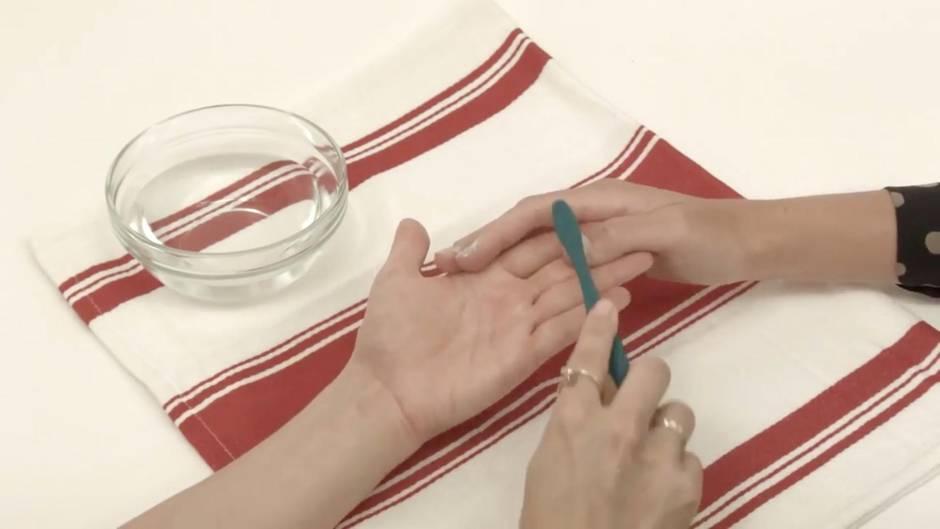 Wundermittel: Darum kommt Zahnpasta jetzt auf die Fingernägel