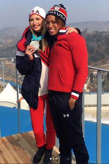 Ivanka Trump posiert mit Olympia-Siegerin Lauren Gibbs inPyeongchang
