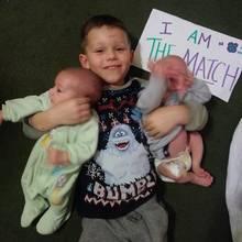 Michael will seinen kleinen Brüdern Knochenmark spenden.
