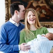 Prinz Philip, Danica Marinkovic und Söhnchen Prinz Stefan