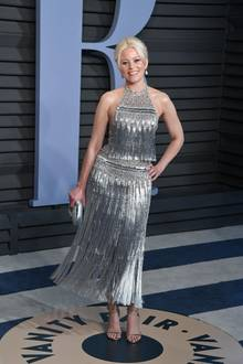 Elizabeth Banks in Ralph & Russo