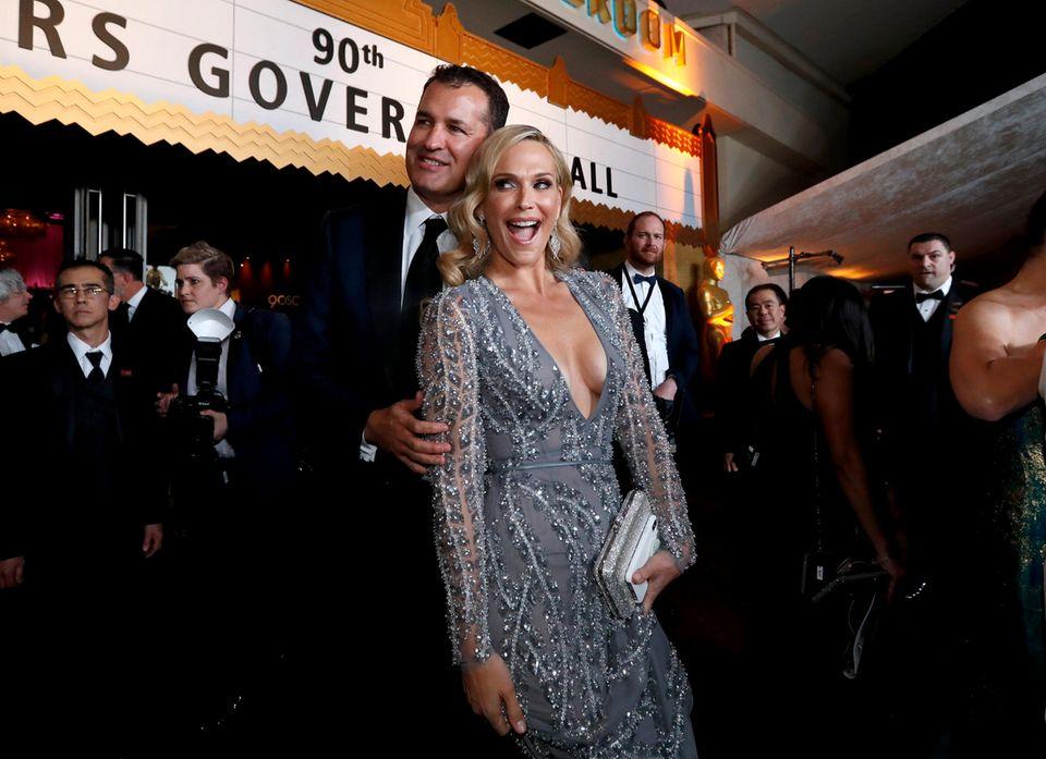 Scott Stuber und Molly Sims feiern beim Oscars Governors Ball.