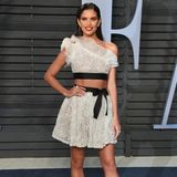 Sara Sampaio in Giambattista Valli
