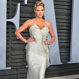 Kate Upton in Schiaparelli