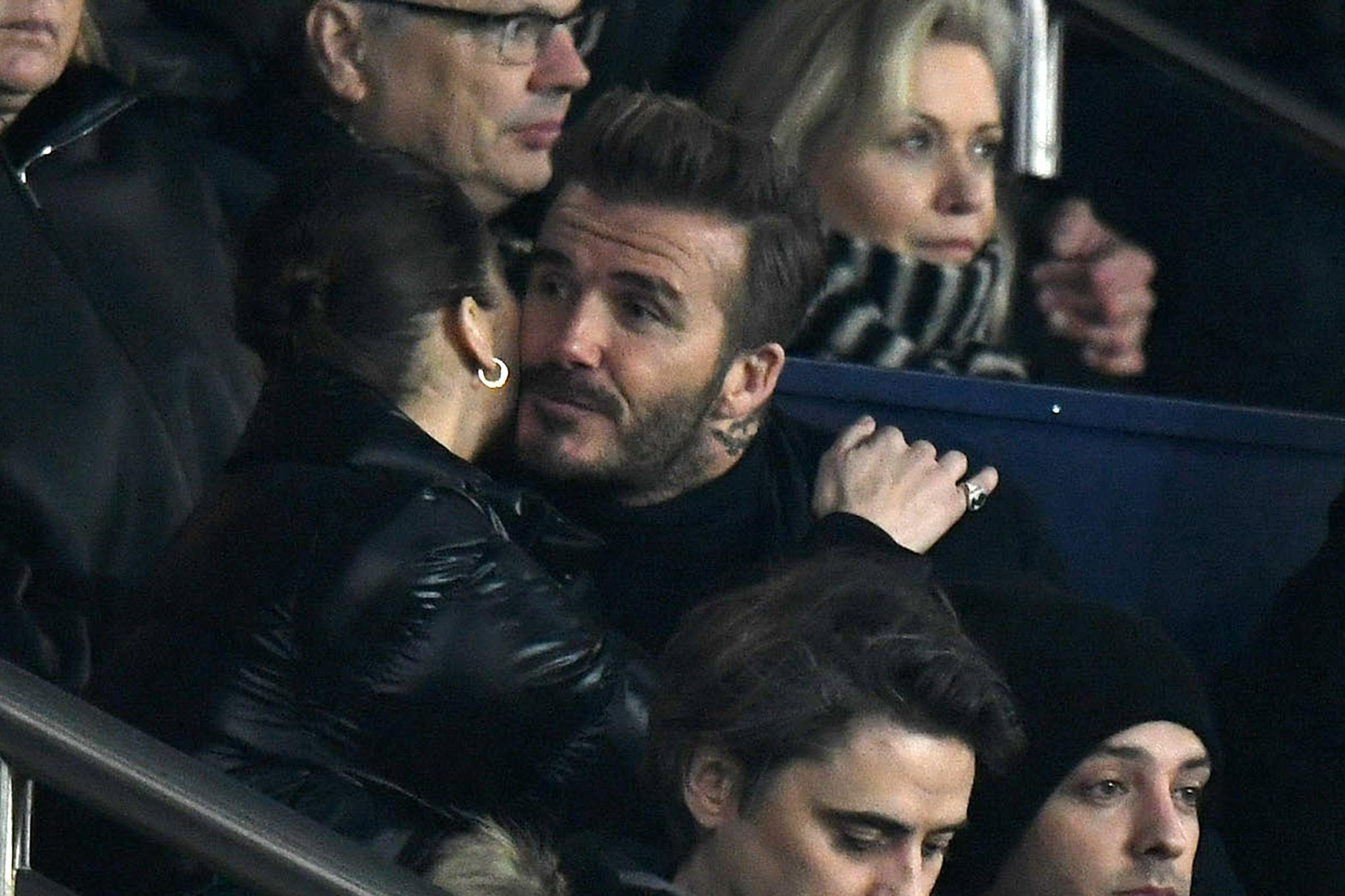 Bella Hadid und David Beckham konnten die Finger nicht voneinander lassen