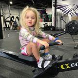 3. März 2018  Die kleine Chloe Trump ist fleißig am Trainieren. Stolz postet Papa Donald Trump Jr. dieses Foto von seinem süßen Sprössling.
