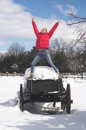 Ganz schön verschneit: Bellas und Gigis Mutter Yolanda Hadid hat ihren Platz gefunden.