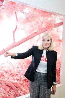 """8. März 2018  Kronprinzessin besucht in New York die Kunstmesse """"Armory Show"""""""