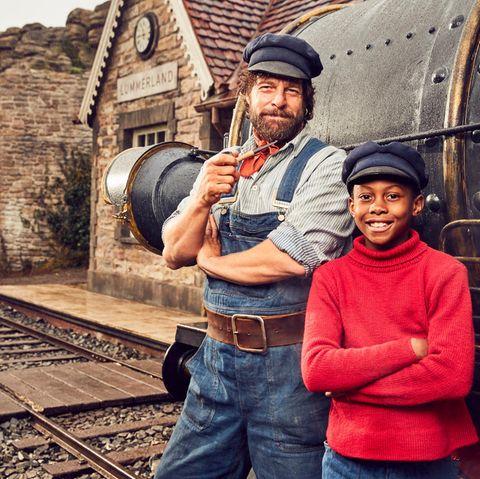 Lokomotivführer Lukas (Henning Baum) und Jim Knopf (Solomon Gordon)