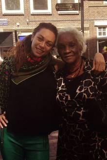 11. März 2018  Zu Muttertag postet Lilly Becker ein Foto von ihr, samt Oma im Arm. GroßmutterEsseline Kerssenberg hat sie aufgezogen, nachdem ihre Eltern gestorben sind.