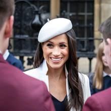 Meghan Markle genießt ihren großen Moment vor der Westminster Abbey.