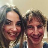 Ekaterina Leonova und ihr prominenter Tanzpartner Ingolf Lück haben die erste Show hinter sich. Glücklich, aber erschöpft schauen sie aus. Dieses Foto teilt Ekaterina mit ihren Fans.