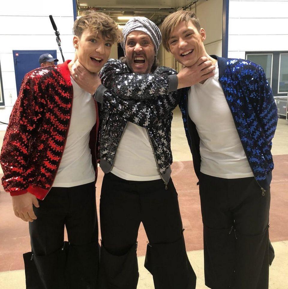 Spaß hinter den Kulissen von Let's Dance. Chakall geht seinen beiden tänzerischen Konkurrenten Heiko und Roman Lochmann an den Kragen.