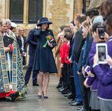 Ein fröhlicher Empfang: Herzogin Catherine freut sich über den großen Trubel vor dem Gottesdienst zum Commonwealth-Tag.