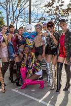 "Team Michael mit Rapper Cro am Set von ""Germany's Next Topmodel"""