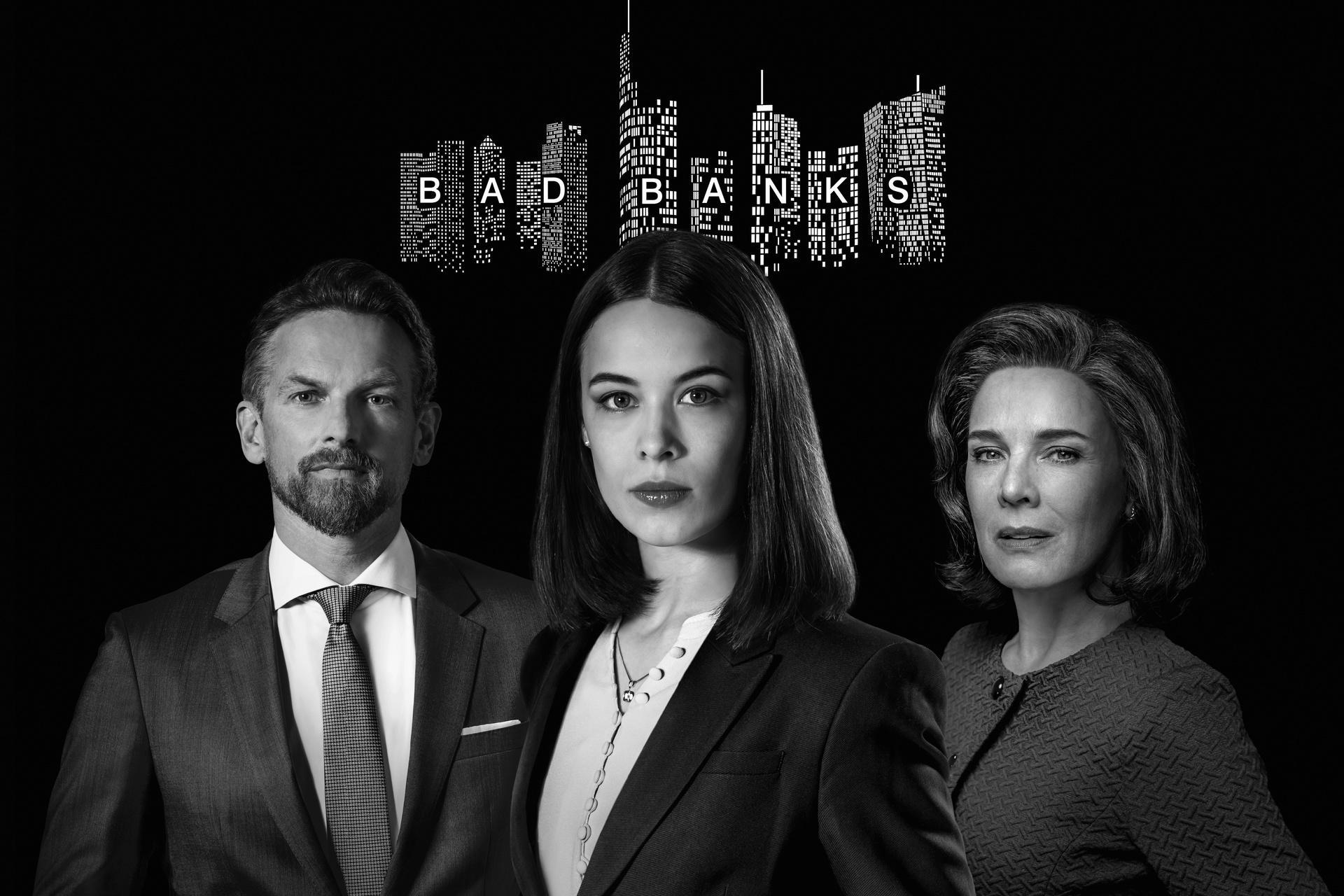 "Unglaublich stark: Barry Atsma, Paula Beer (M.) und Désirée Nosbusch in ""Bad Banks"""