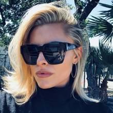Gwen-Stefani-Lookalike? Für ihren neuen Style bekommt Sophia Thomalla nicht nur Komplimente. Viele finden, dass sie die berühmte Ex-Freundin ihres aktuellen Lovers, US-Rocker Gavin Rossdale, mit den blonden Haaren und dem auffälligen Kussmund kopiert. Wir finden: Cooler Look, Sophia!