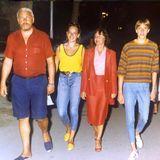 Erkennen Sie die junge Frau im gelben Top? Es ist Natascha Ochsenknecht mit süßen 16 Jahren beim Familienurlaub in Italien. Kaum zu glauben wie sich die Mutter von drei gemeinsamen Kindern mit Schauspieler Uwe Ochsenknecht heute verändert hat.