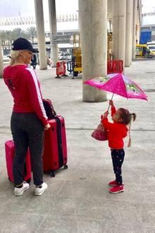 9. März 2018  Auf geht's nach Köln! Daniela und Sophia machen sich auf den Weg ins kalte Deutschland.