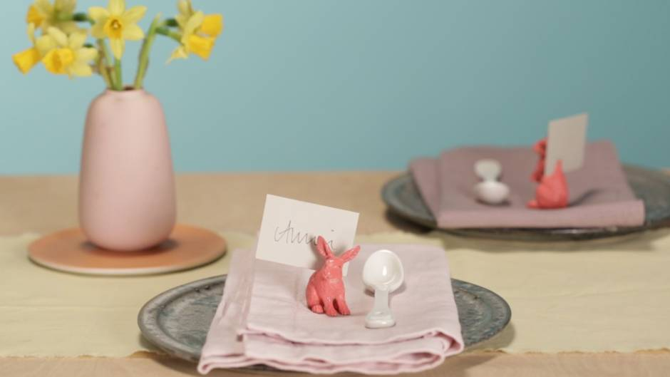 Perfekt für den Osterbrunch: Tischkartenhalter für Ostern selber machen