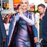 """Katy Perry: 16 Jahre alt  Das erste Mal des Pop-Stars war auf dem Vordersitz eines Volvo, zu den Klängen von Jeff Buckleys Album """"Grace"""". """"Ich liebe dieses Album"""", erzählte Perry dem """"GQ""""."""