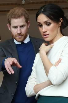 Prinz Harry und Meghan bei einem Termin in Belfast am 23. März 2018