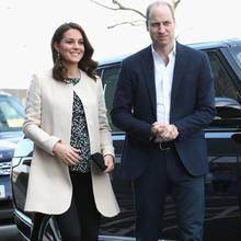 Die hochschwangere Herzogin Catherine bei ihrem letzten Auftritt vor der Babypause. An ihrer Seite: Ehemann Prinz William