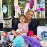 Die Osterzeit bricht an: Besonders für Kinder bedeutet das jede Menge Spaß. Molly Sims' Tochter Scarlett steht's ins Gesicht geschrieben.