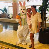 """""""Der Osterhase hat es bis zu den Bahamas geschafft"""", postet Tamara Ecclestone. Sophia freut sich riesig."""