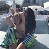 Lily Becker verbringt mit Söhnchen Amadeus die Feiertage im warmen Miami und wünscht über Instagram Frohe Ostern.