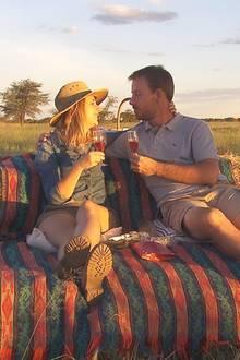 Gerald, der attraktive Farmer aus Namibia hat sich für Anna, entschieden - die beiden haben sich bereits verlobt und planen in Namibia die Zukunft