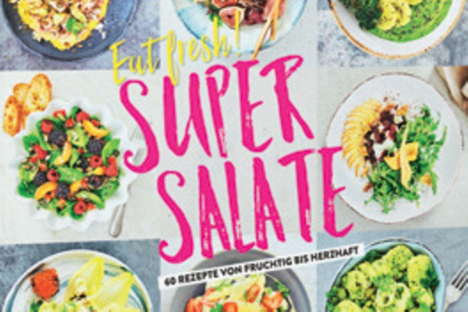 """Vom türkischen Bulgursalat bis zum grünen Kartoffelsalat mit Pistazie: Food-Journalistin Rose Marie Donhauser präsentiert 60 bunte Salatkreationen für Fleischesser, Fischliebhaber und Vegetarier. (""""Eat Fresh! Super Salate"""", EMF Verlag, 128 S., 15 Euro)"""