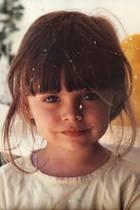 Sophia Thomalla  Schon als kleines Mädchen ist Sophia Thomalla stylisch unterwegs.