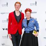 Partnerlook mit leuchtenden Farben:Enie van de Meiklokjes und ihr Mann Tobias Staerbo