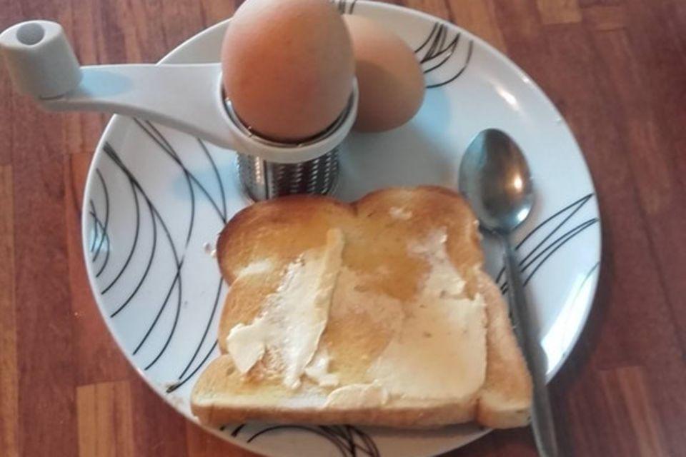Über die Butter auf dem Toast beschweren sich Hunderte.