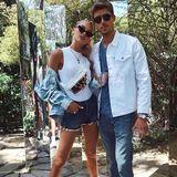 Model Romee Strijd besucht das Festival in Begleitung ihres Partners Laurens van Leeuwen.