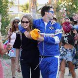 Patrick Schwarzenegger und seine Freundin könnten in diesen Coachella-Outfits auch zum gemeinsamen Sport-Training gehen.