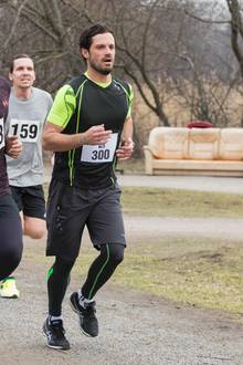 15. April 2018  Prinz Carl Philip zeigt bei einem Charity-Run seine sportlichen Fähigkeiten.