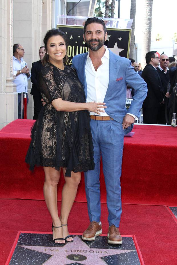Strahlen vor Glück: Eva Longoria und Ehemann José Bastón erwarten ihr erstes gemeinsames Kind.
