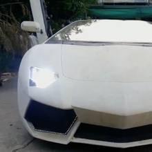 Selbst ist der Mann: Dieser Mann baut sich selbst einen Lamborghini