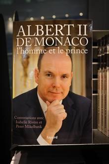 """""""Albert II de Monaco, l'homme et le prince"""" heißt das Buch, in dem Albert über seine Kindheit spricht"""