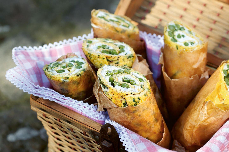 Kräuter-Pfannkuchen mit Spargel