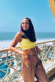 Im April 2018 ist aus Fiona eine richtige Fitness-Queen geworden. Sie ist muskulöser denn je und trägt statt Leo viel lieber Sports-Bra und Leggings. Ihr Haar hat sie zwischendurch gefärbt, sodass ihr e Spitzen jetzt noch blond sind.