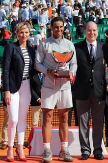22. April 2018  Beim anschließenden Finale darf ein schönes Foto mit den Siegern des Tennisturniers natürlich nicht fehlen.